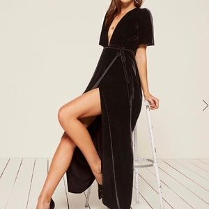 Reformation Miller Velvet Black Dress Large